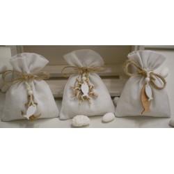 Sacchetto vuoto di tela bianco latte con appendini di legno tema mare