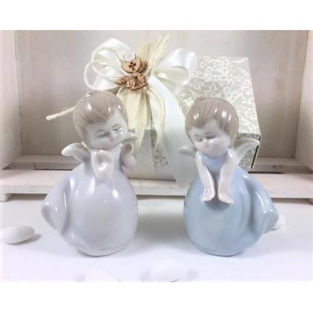 Angelo di porcellana in due modelli assortiti confezionato