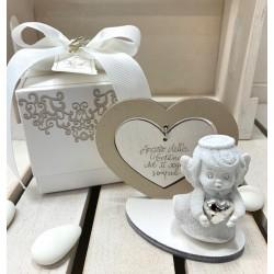 Angelo bianco con cuore argento con base e cuore legno con frase confezionato