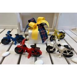 Bicicletta 4 colori assortiti su scatola plexi vuota
