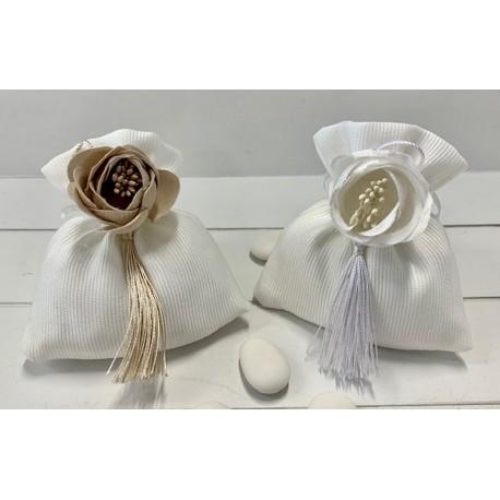 Sacchetto vuoto di tessuto con composè peonia e nappina 2 colori assortiti