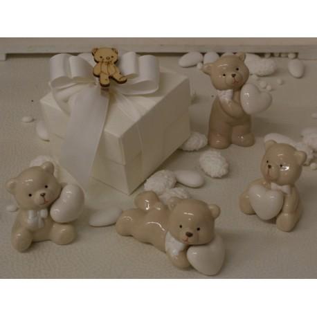 Orsetti di fine porcellana interamente confezionati con Scatola