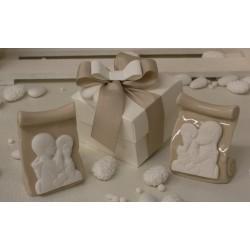 Pergamena porcellana Comunicanda con scatola e confetti
