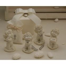"""""""Igor wedding"""" in 4 modelli assortiti confezionato con scatola, cuoricino pendente, sacchetto e confetti"""