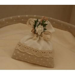 Sacchetto vuoto pois Avorio con pizzetto cotone e cordoncino innastrato e molletta con fiori